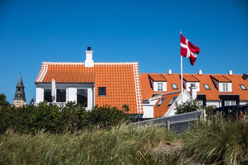 Danska hus och flagga