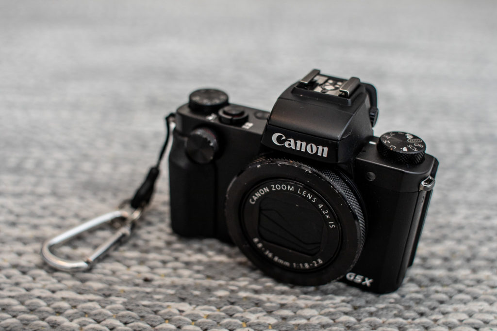 "Min ""stora kompakt"": Canon PowerShot 5GX."