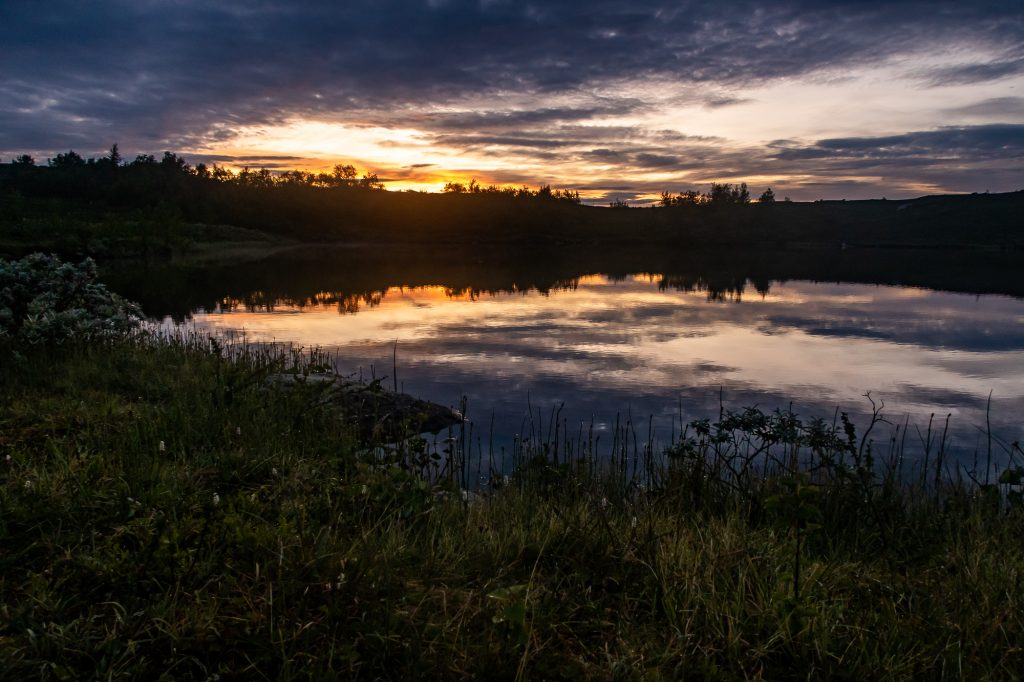 Solnedgång vid Aigertstugan, Kungsleden