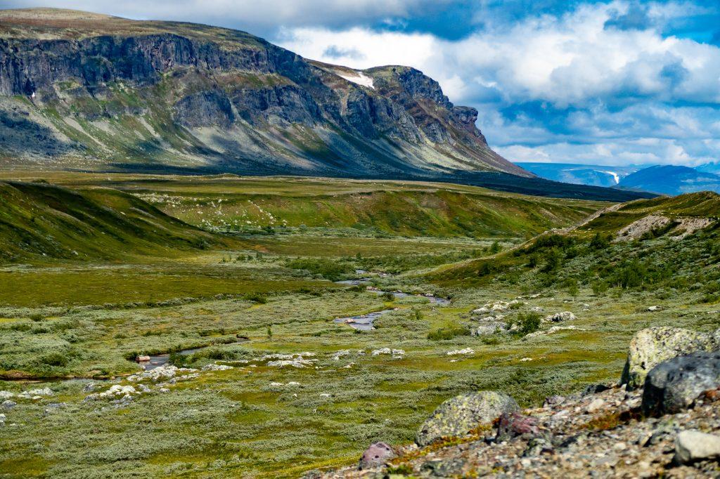 En dal i dalen, på väg mot Saltoluokta