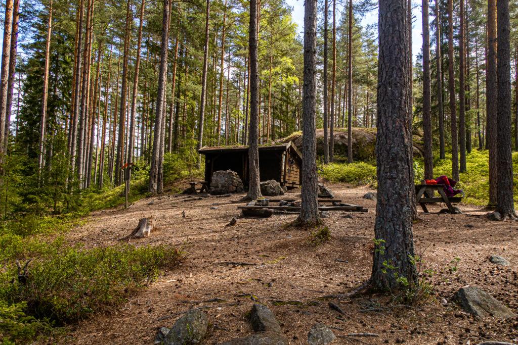 Vindskyddet vid Vikitteln, Sörmlandsleden etapp 30