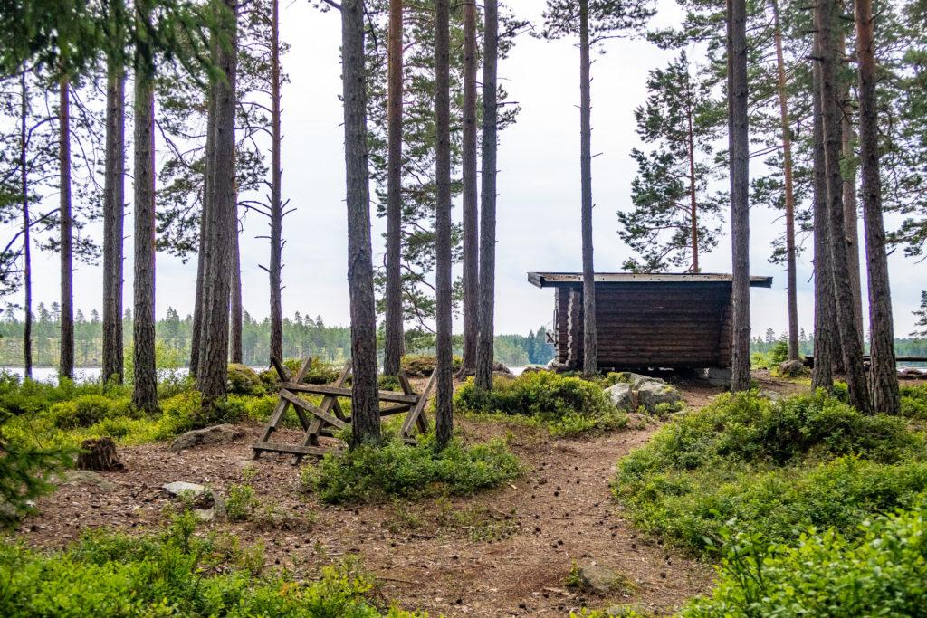 Vindskydd och rastplats vid Kråksjön