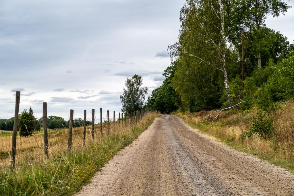 Östgötaleden följer en grusväg